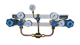 Щит автопереключения газовых рамп с сетевым редуктором (кислород)