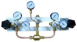 Щит автопереключения газовых рамп с сетевым редуктором (закись азота)